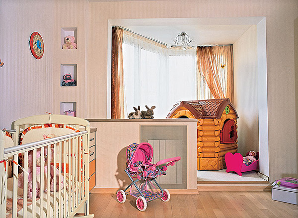 Игровая зона для малыша на лоджии