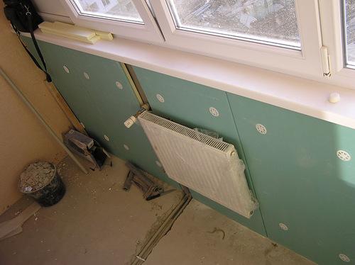 Батарея и радиатор на балконе и лоджии: как сделать вынос по.