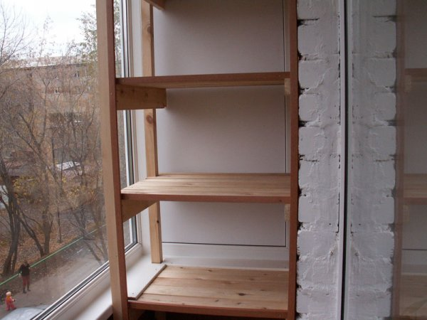 Виды стеллажей для балкона: как сделать и какие лучше