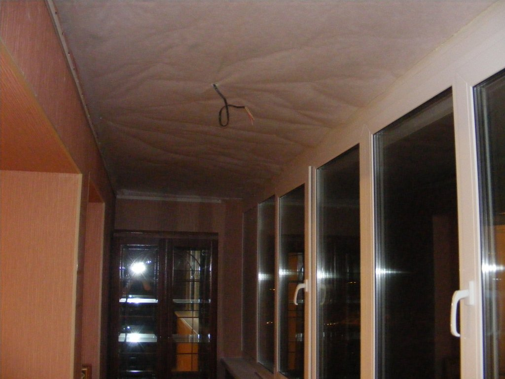 Течет потолок на лоджии