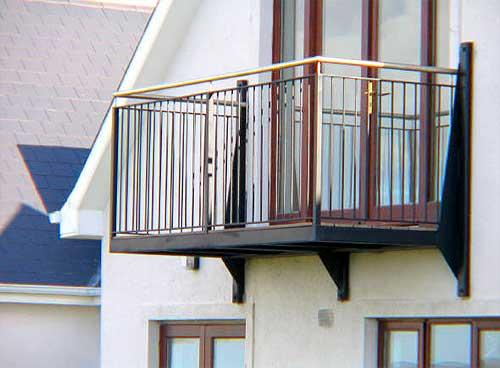 Балкон на консольных балках