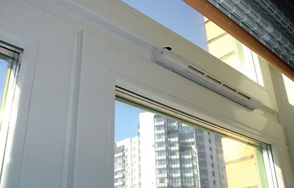 Грибок на стенах и потолке балкона и лоджии: что делать и ка.
