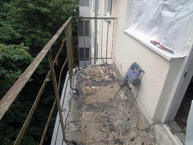 Ремонт старого остекления балкона..