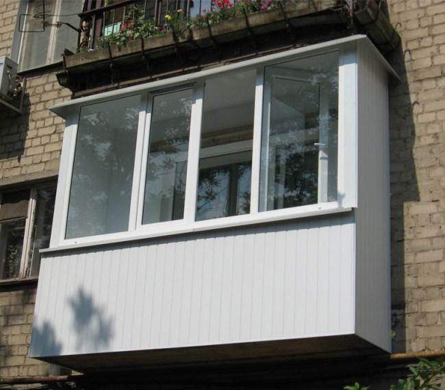 Внешняя отделка балкона сэндвич панелями