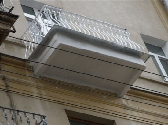 Полностью отремонтированный балкон