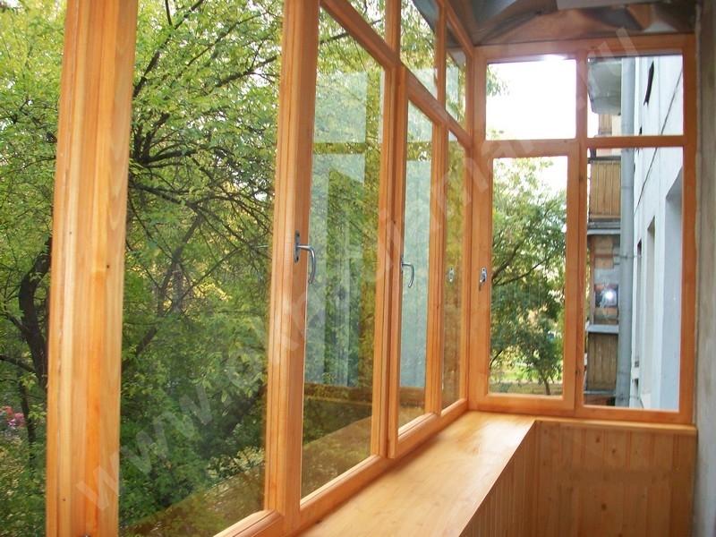 Сколько стоит застеклить балкон и лоджию: расчет стоимости.