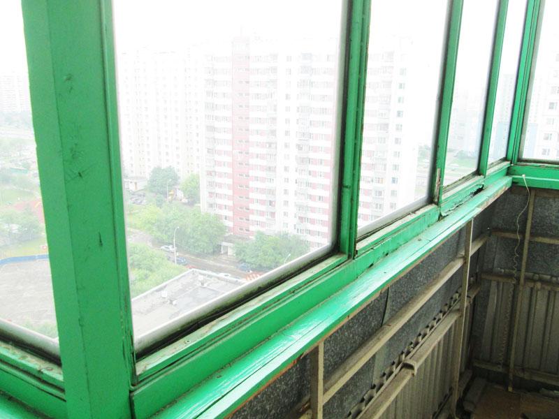 Остекление старого балкона.