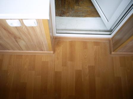 Как положить ламинат на балконе и лоджии своими руками