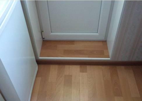Отделка балконного порога под половое покрытие