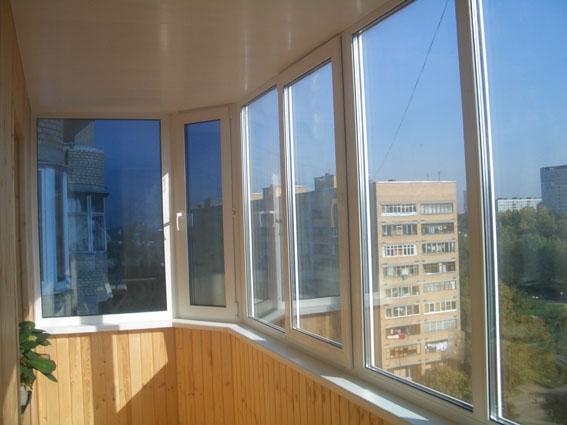 Какие лучше выбрать и ставить балконные окна