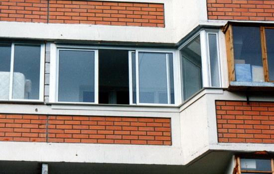 Остекление балконов п-44