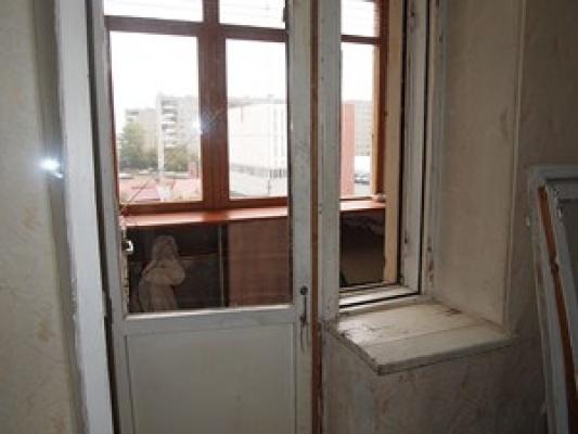 Как заменить или поменять балконную дверь на пластиковую