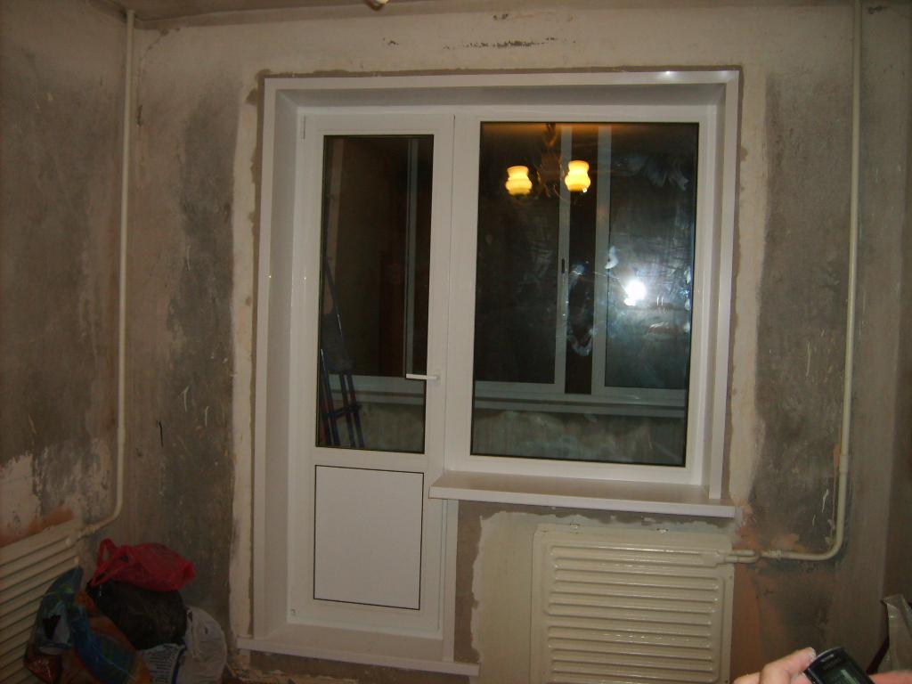 Замена пластиковой балконной двери: инструкция и советы.